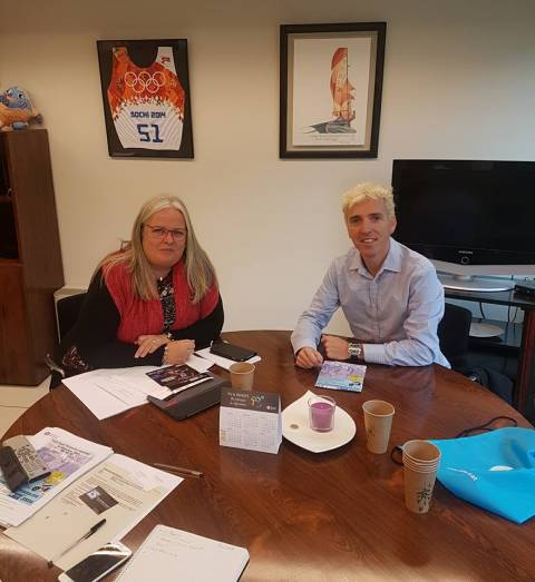 La diputada de deportes Maite Fandos conoce las últimas novedades de La Sansi
