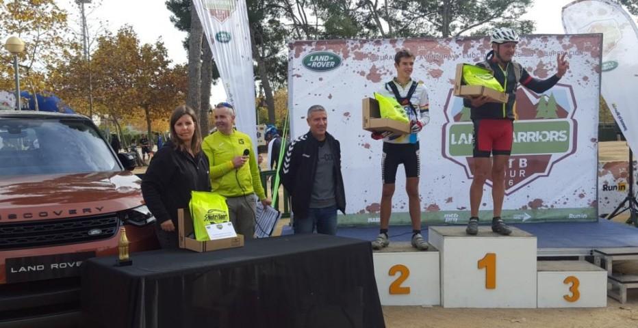 Resultats Land Warriors de Viladecans, victòries de Josep Lluis Blanco i Delia Monterrubio al trail, i Jordi Gracia i Laura Morales a MTB