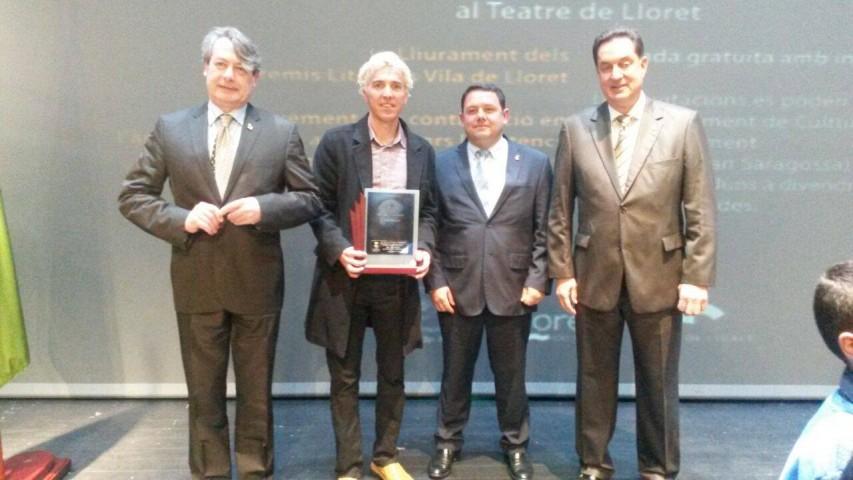 Reconocimiento en la noche de la Cultura de Lloret por el libro Superando Obstáculos