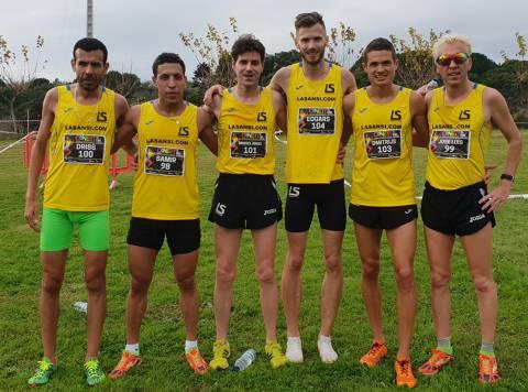 Los atletas del club La Sansi, han finalizado terceros por equipos en el campeonato catalán de cross corto