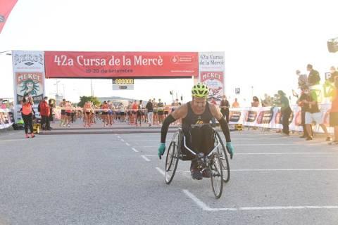 Artur Bossy y Gema Barrachina, ganadores de la Cursa de la Mercè 2020