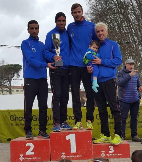 Segunda edición que un equipo gerundense gana el campeonato catalán de cross largo en 101 años de historia de campeonato (La Sansi)